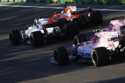 Себастьян Феттель, Ferrari SF70H, Фелипе Масса, Williams FW40, Серхио Перес и Эстебан Окон, Sahara Force India F1 VJM10