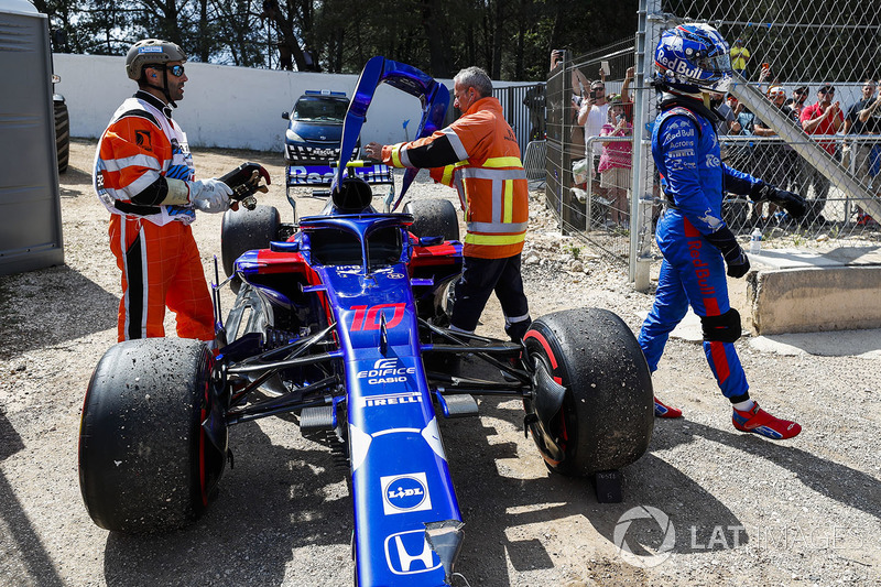GP Perancis - Insiden lap pertama