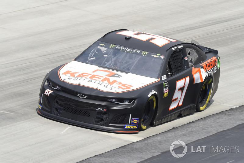 37. Cody Ware, Rick Ware Racing, Chevrolet Camaro Keens Buildings