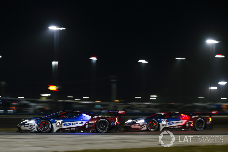 #67 Chip Ganassi Racing Ford GT, GTLM: Ryan Briscoe, Richard Westbrook, Scott Dixon #66 Chip Ganassi Racing Ford GT, GTLM: Dirk Müller, Joey Hand, Sébastien Bourdais