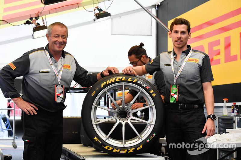 Pirelli mechanics