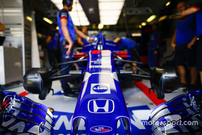 Mobil Brendon Hartley, Toro Rosso STR13