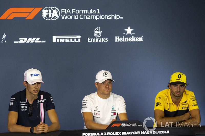 Esteban Ocon, Force India F1, Valtteri Bottas, Mercedes-AMG F1 and Carlos Sainz Jr., Renault Sport F1 Team