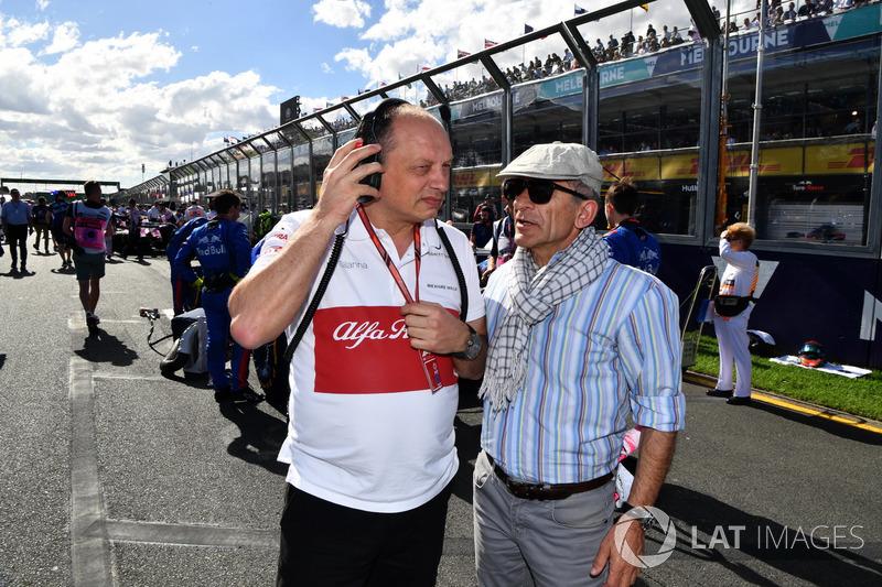 Frederic Vasseur, Sauber, Team Principal in griglia
