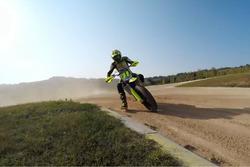 Valentino Rossi op zijn ranch in Tavullia