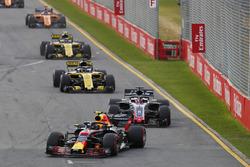 Max Verstappen, Red Bull Racing RB14 Tag Heuer, leads Romain Grosjean, Haas F1 Team VF-18 Ferrari