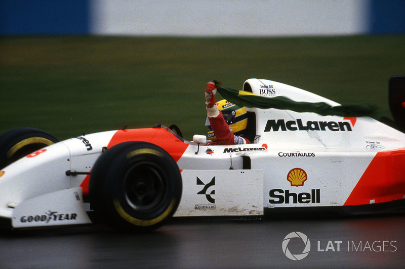 Ayrton Senna, McLaren Ford MP4/8 celebrates his win