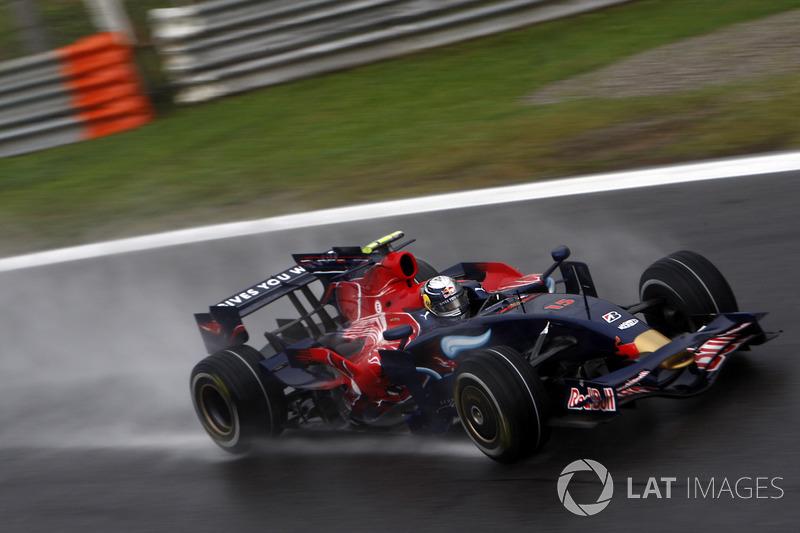 2008. Toro Rosso STR03 Ferrari