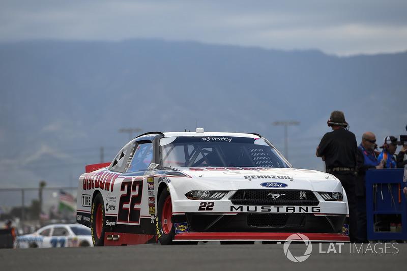 Joey Logano, Team Penske, Ford Mustang Discount Tire