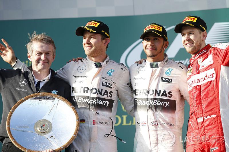 Подіум: 1. Льюіс Хемілтон, Mercedes. 2. Ніко Росберг, Mercedes AMG. 3. Себастьян Феттель, Ferrari