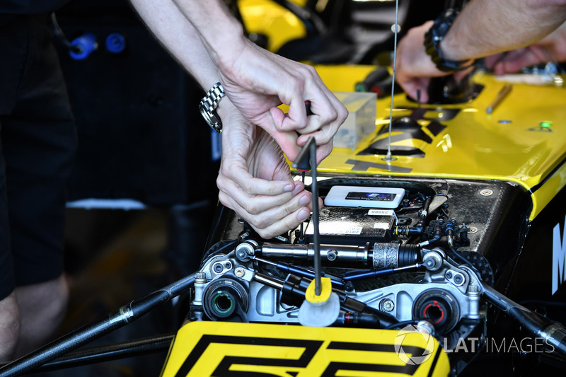 Suspension avant de la Renault Sport F1 Team R.S. 18