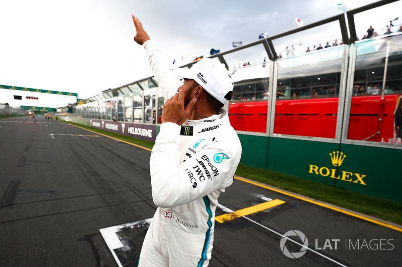 Pole sitter Lewis Hamilton, Mercedes-AMG F1
