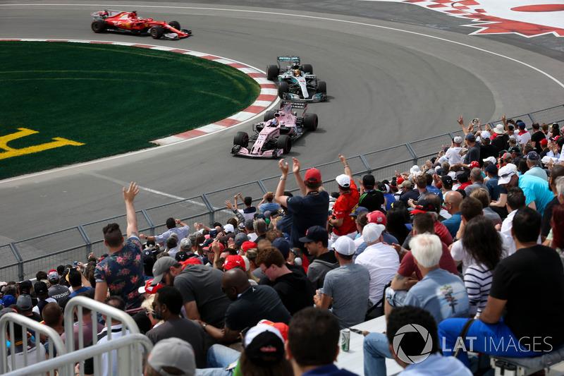 Серхіо Перес, Sahara Force India VJM10, Льюіс Хемілтон, Mercedes-Benz F1 W08, фанати