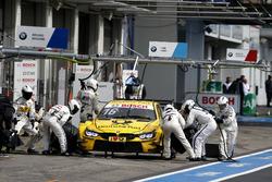 Timo Glock, BMW Team RMG, BMW M4 DTM, Boxenstopp