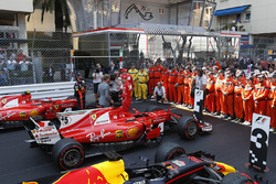 Nico Rosberg, Mercedes-Benz Ambassador talks to race winner Sebastian Vettel, Ferrari and Daniel Ricciardo, Red Bull Racing RB13 in parc ferme