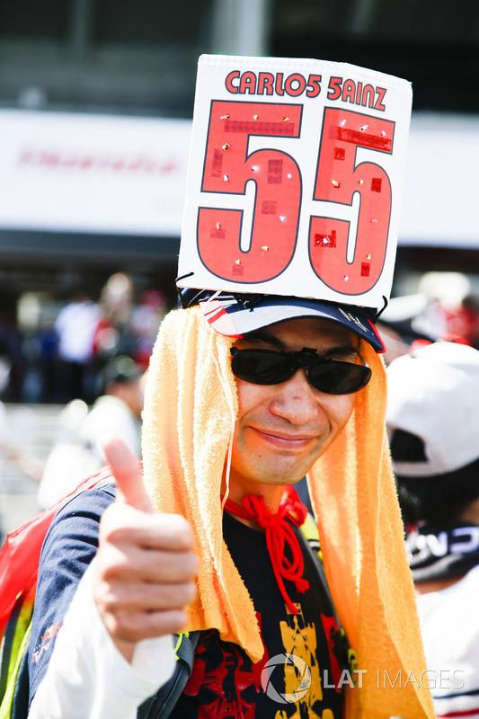 Un fan de Carlos Sainz Jr., Scuderia Toro Rosso