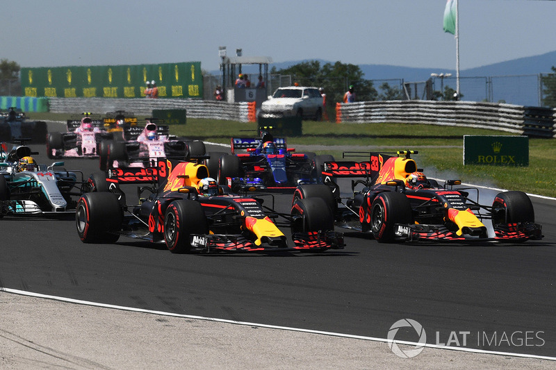Гран При Венгрии: Риккардо емко охарактеризовал Ферстаппена, выбившего его на первом круге