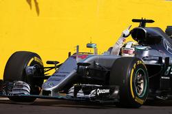 Ganador de la carrera Lewis Hamilton, Mercedes AMG F1 W07 Hybrid