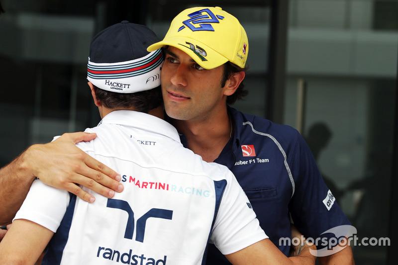 (L to R): Felipe Massa, Williams with Felipe Nasr, Sauber F1 Team