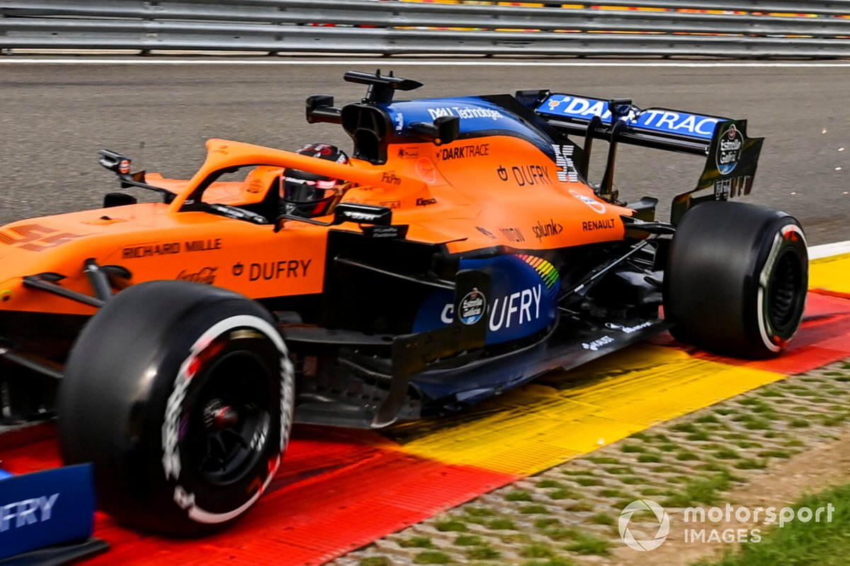 Carlos Sainz Jr., McLaren MCL35 with a 2021 spec floor