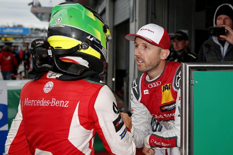 Ganador de la carrera Mick Schumacher, PREMA Theodore Racing Dallara F317 - Mercedes-Benz y René Rast, Audi Sport Team Rosberg
