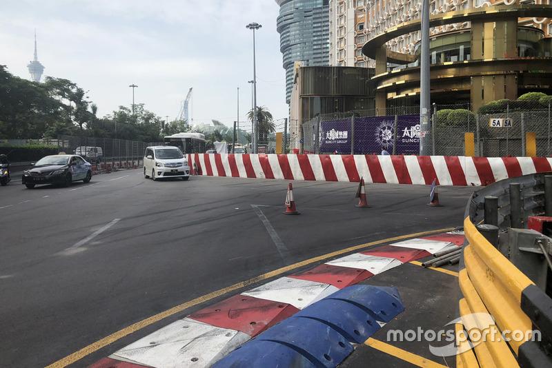Detalle de la curva tras el accidente