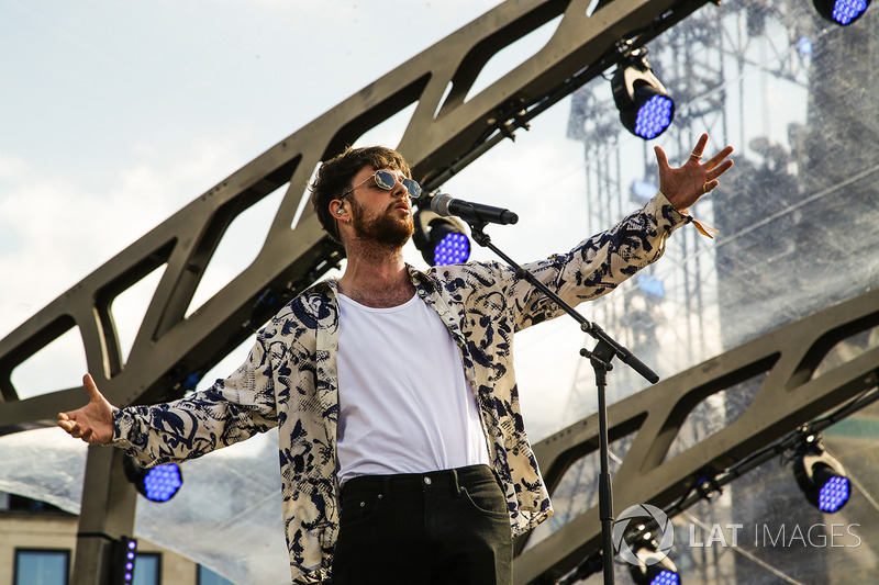Dan Smith of Bastille performs for the crowds
