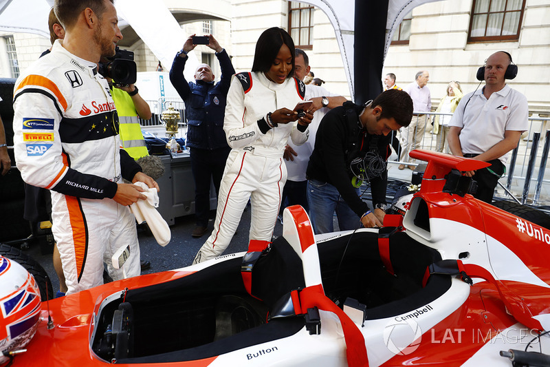Jenson Button, McLaren; Naomi Campbell, Model