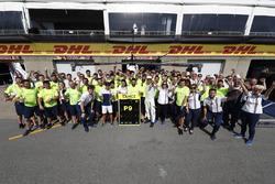 Lance Stroll, Williams, celebra sus primeros puntos con el equipo