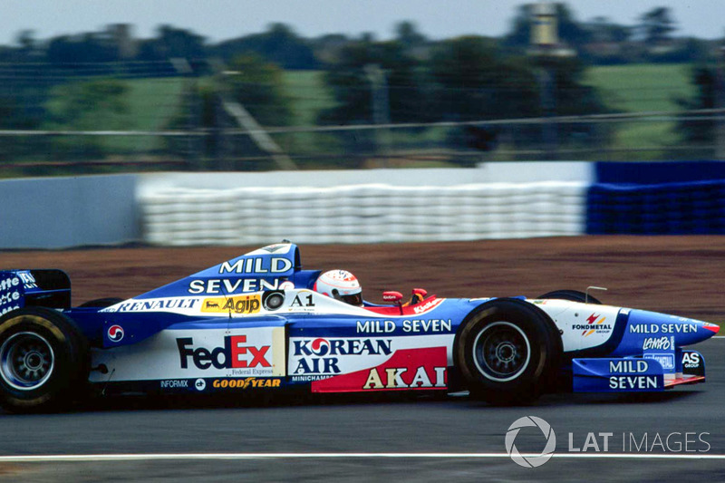 3. Martin Brundle (158 GPs)