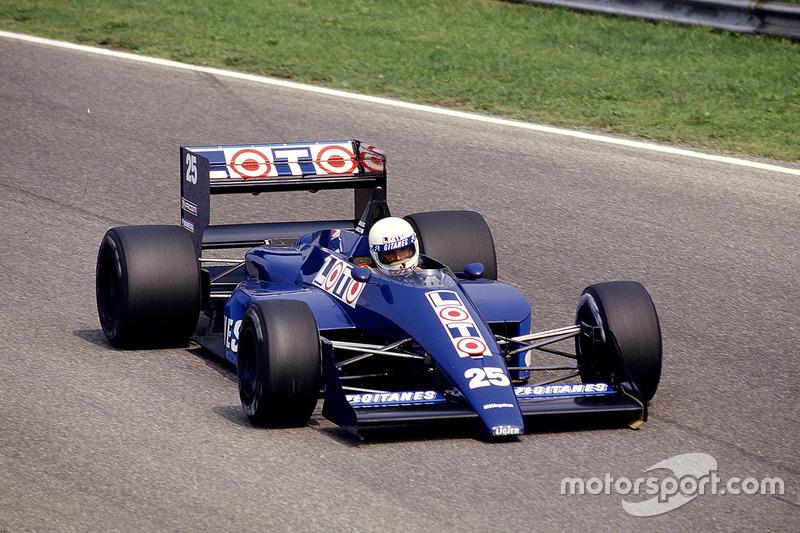 #25: Rene Arnoux, Ligier JS29C, Megatron