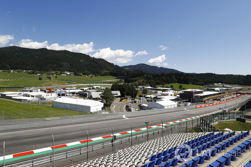 Start/Ziel-Gerade am Red-Bull-Ring in Spielberg
