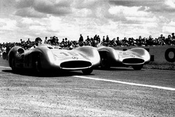 Juan Manuel Fangio, Karl Kling, Mercedes-Benz W196.
