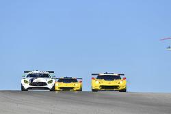 #50 Riley Motorsports Mercedes AMG GT3: Gunnar Jeannette, Cooper MacNeil, #3 Corvette Racing Chevrolet Corvette C7.R: Antonio Garcia, Jan Magnussen
