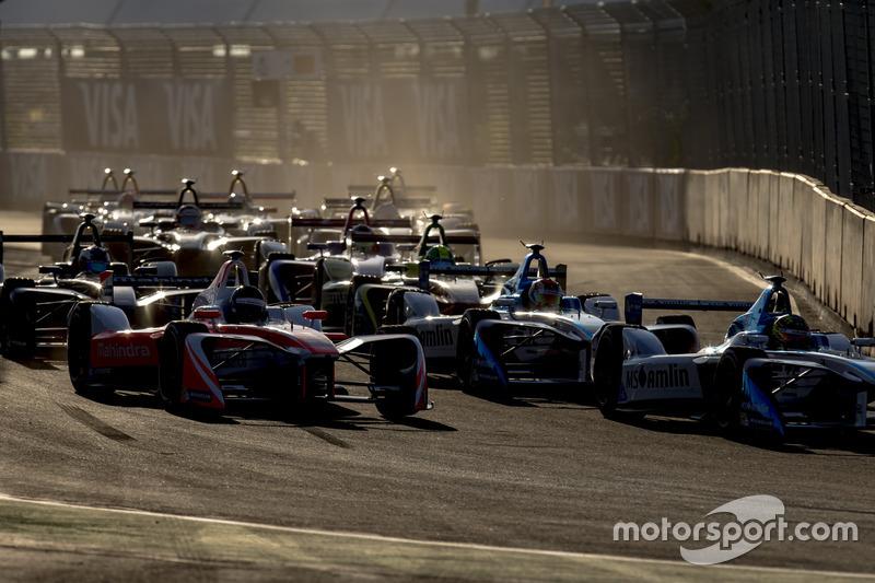 Nick Heidfeld, Mahindra Racing; Antonio Felix da Costa, Amlin Andretti Formula E Team; Robin Frijns, Amlin Andretti Formula E Team