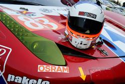 #83 AF Corse Ferrari 458 Italia: Emmanuel Collard helmet
