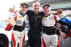 Sieger: #88 AKKA ASP, Mercedes AMG GT3: Tristan Vautier, Felix Rosenqvist, mit Jérôme Policand, Team