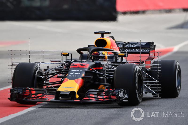 Max Verstappen, Red Bull Racing RB14 with aero sensors