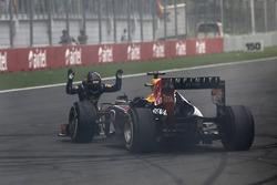 Sebastian Vettel, Red Bull Racing, salutes his car