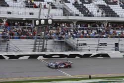 #67 Chip Ganassi Racing Ford GT, GTLM: Райан Бріско, Річард Вестбрук, Скотт Діксон - перші на фініші GTLM