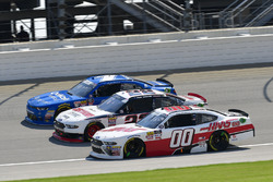 Elliott Sadler, JR Motorsports, Chevrolet Camaro Chevrolet OneMain Financial, Paul Menard, Team Penske, Ford Mustang Discount Tire, Cole Custer, Stewart-Haas Racing, Ford Mustang Haas Automation