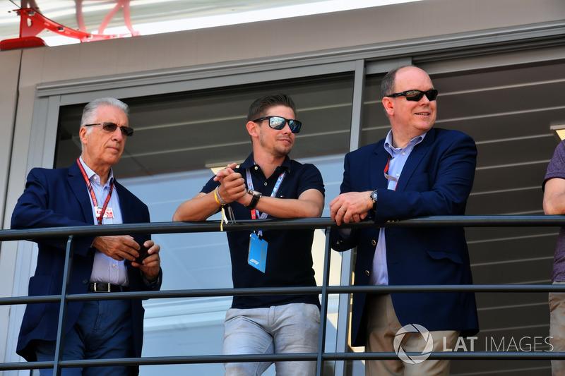 П'єро Ларді Феррарі, віце-президент Ferrari, Кейсі Стоунер та принц Альберт із Монако