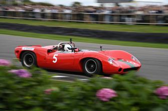 Whitsun Trophy Sinclair Lola T70