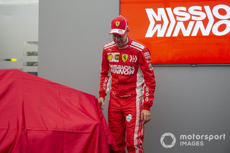 Sebastian Vettel, Ferrari al lancio della nuova livrea Ferrari