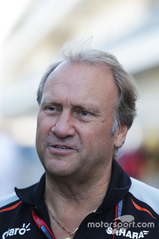 Заступник керівника Sahara Force India F1 Роберт Фернлі