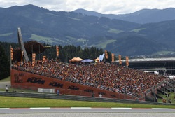 KTM-Tribüne in Spielberg