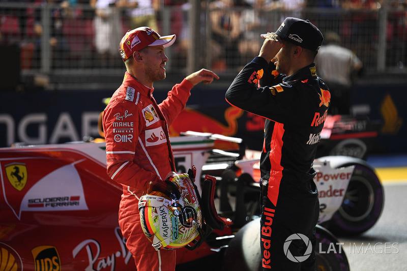 O papo rolou solto entre os ex-companheiros de Red Bull, Vettel e Ricciardo.