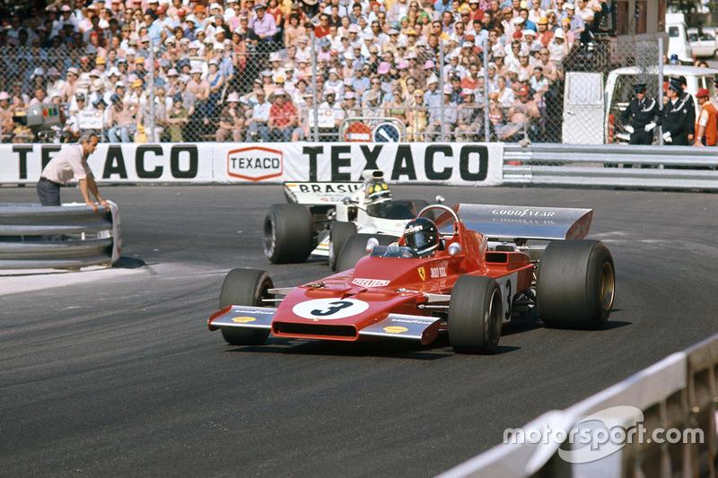 Jacky Ickx, Ferrari 312B3 vor Wilson Fittipaldi, Brabham BT42 Ford