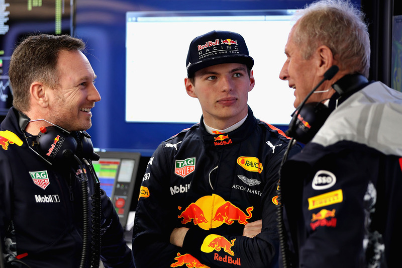 Max Verstappen, Red Bull Racing; Christian Horner, Red Bull Racing, Teamchef; Dr. Helmut Marko, Red Bull, Motorsportberater