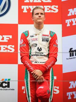 Подиум: третье место Мика Шумахера